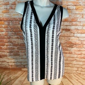 Loft Sleeveless Black & White V-Neck Blouse In XL